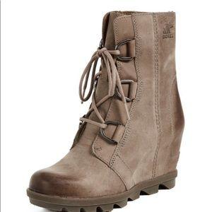 Sorel • Joan of Arctic Wedge II Boots
